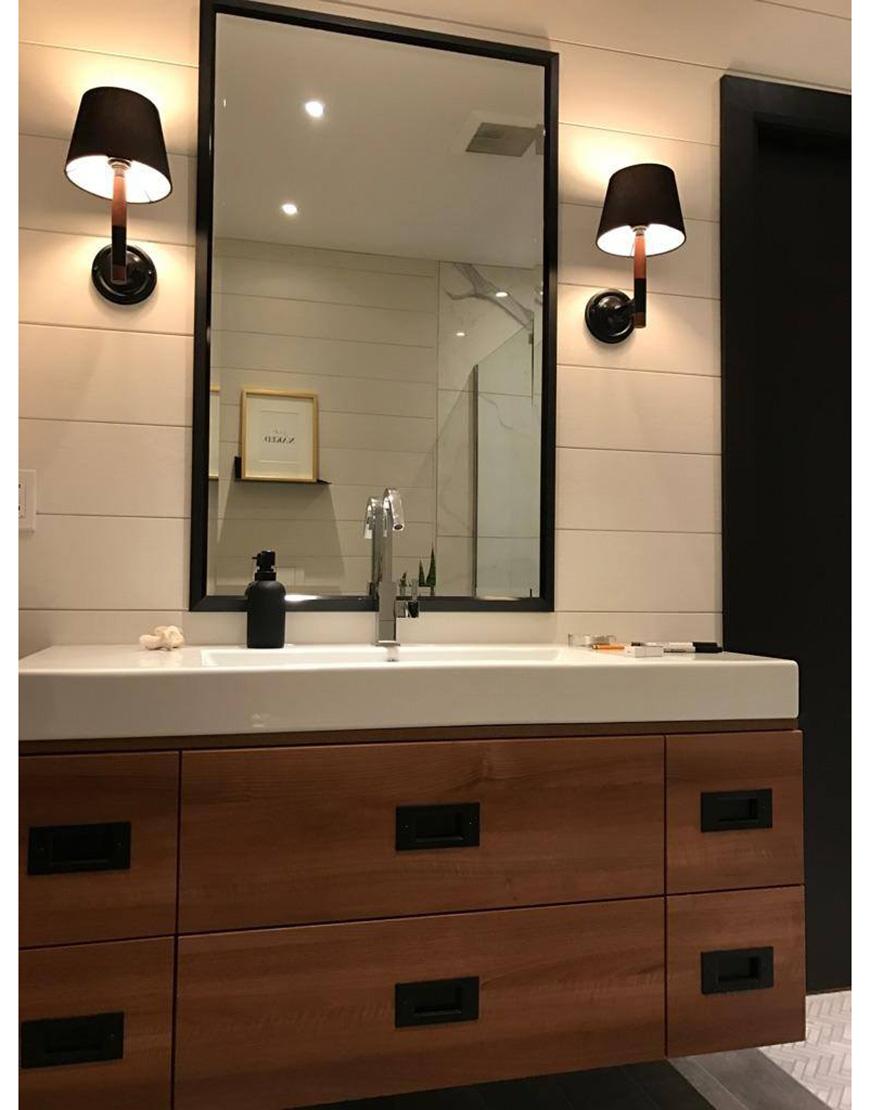 Miroirs sur mesure faits partir de nos moulures en for O miroir montreal qc